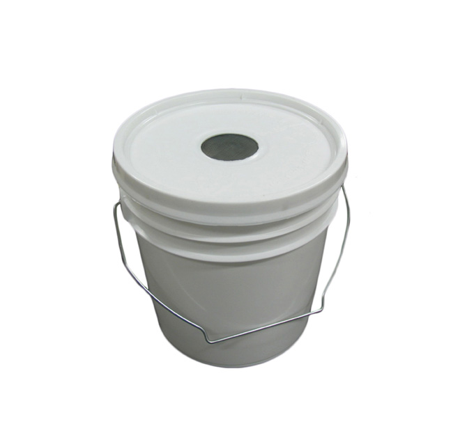 1 Gallon Feeder